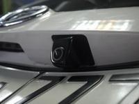 Установка камеры на Toyota Sienta
