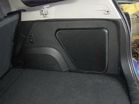 Стелс корпус для сабвуфера в Subaru Forester