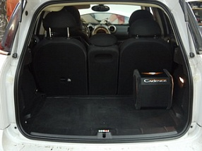 Сабвуфер в Mini Cooper CountryMan